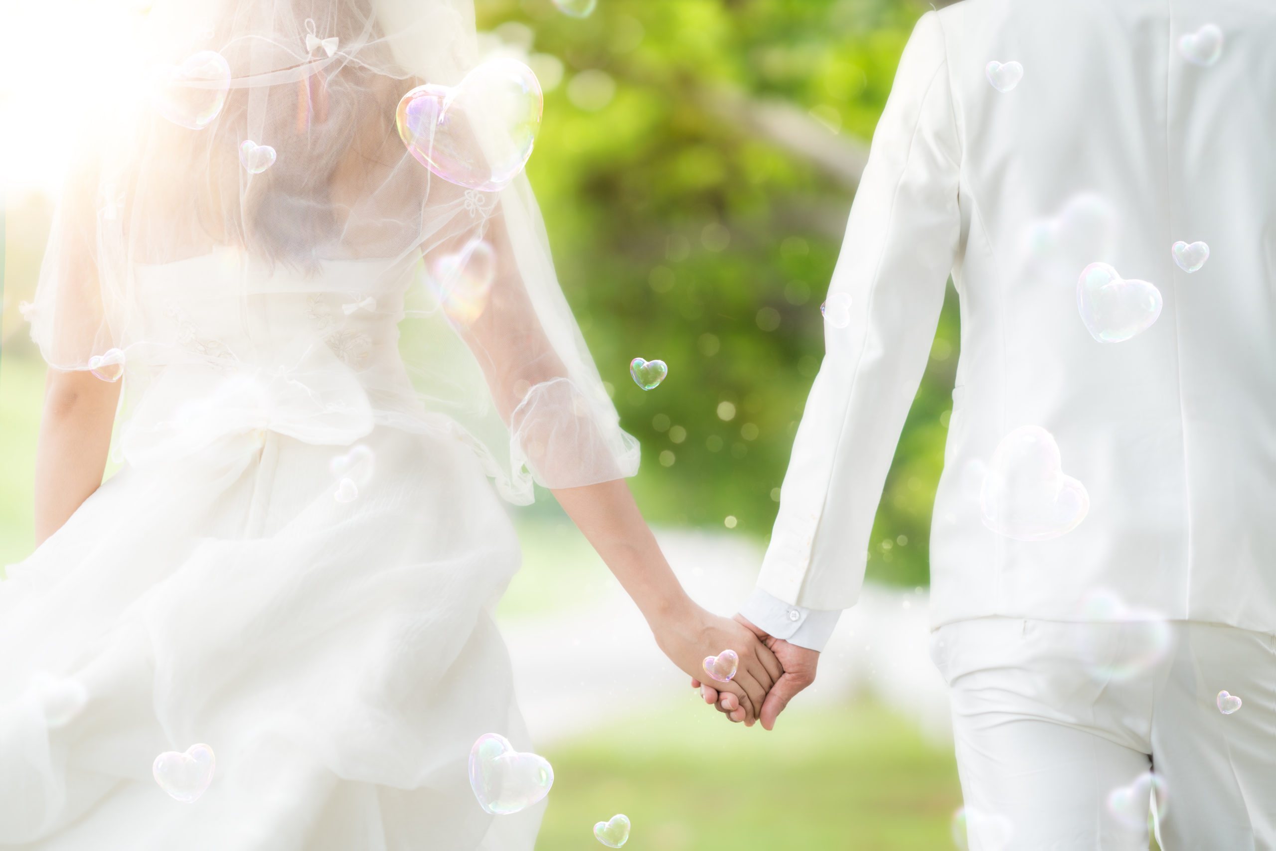 Asian,Lady,In,Wedding,Dress,Run,With,Her,Husband,,Out