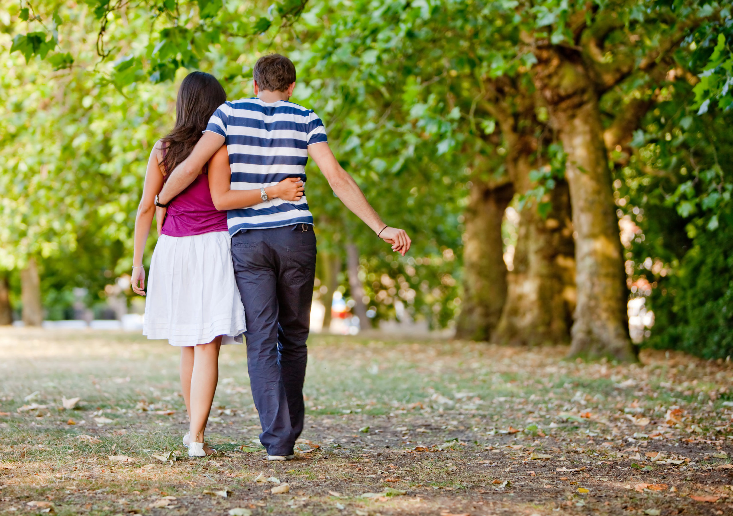 Beautiful,Loving,Couple,Going,For,A,Walk,Outdoors