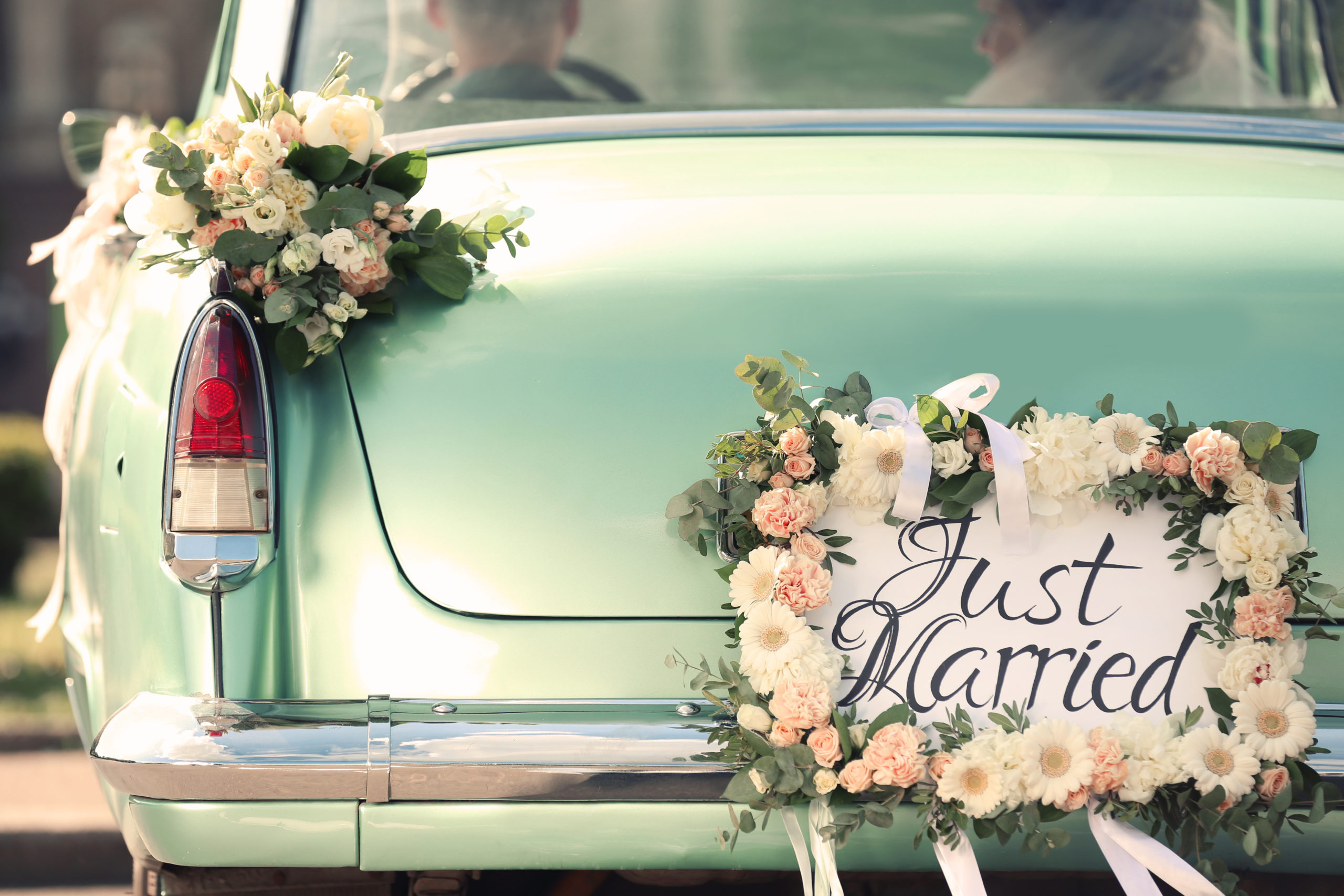 beautiful-wedding-car-plate-just-married-719291203