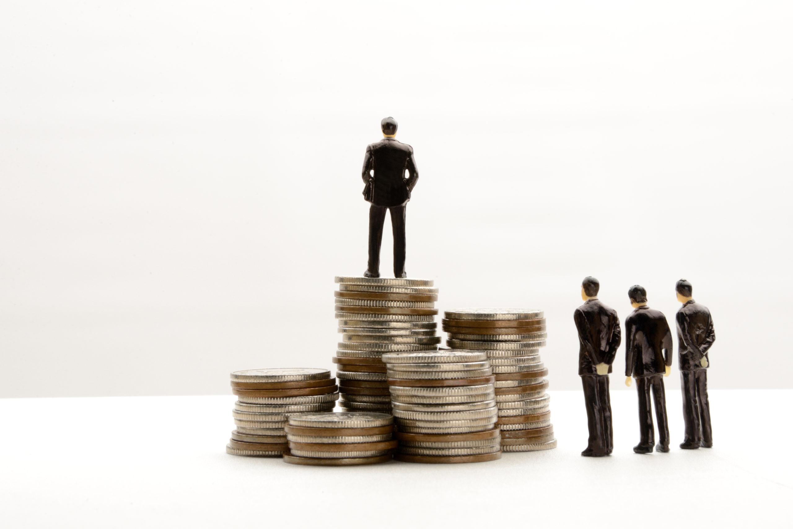 business-concepts-income-gap-1119742850