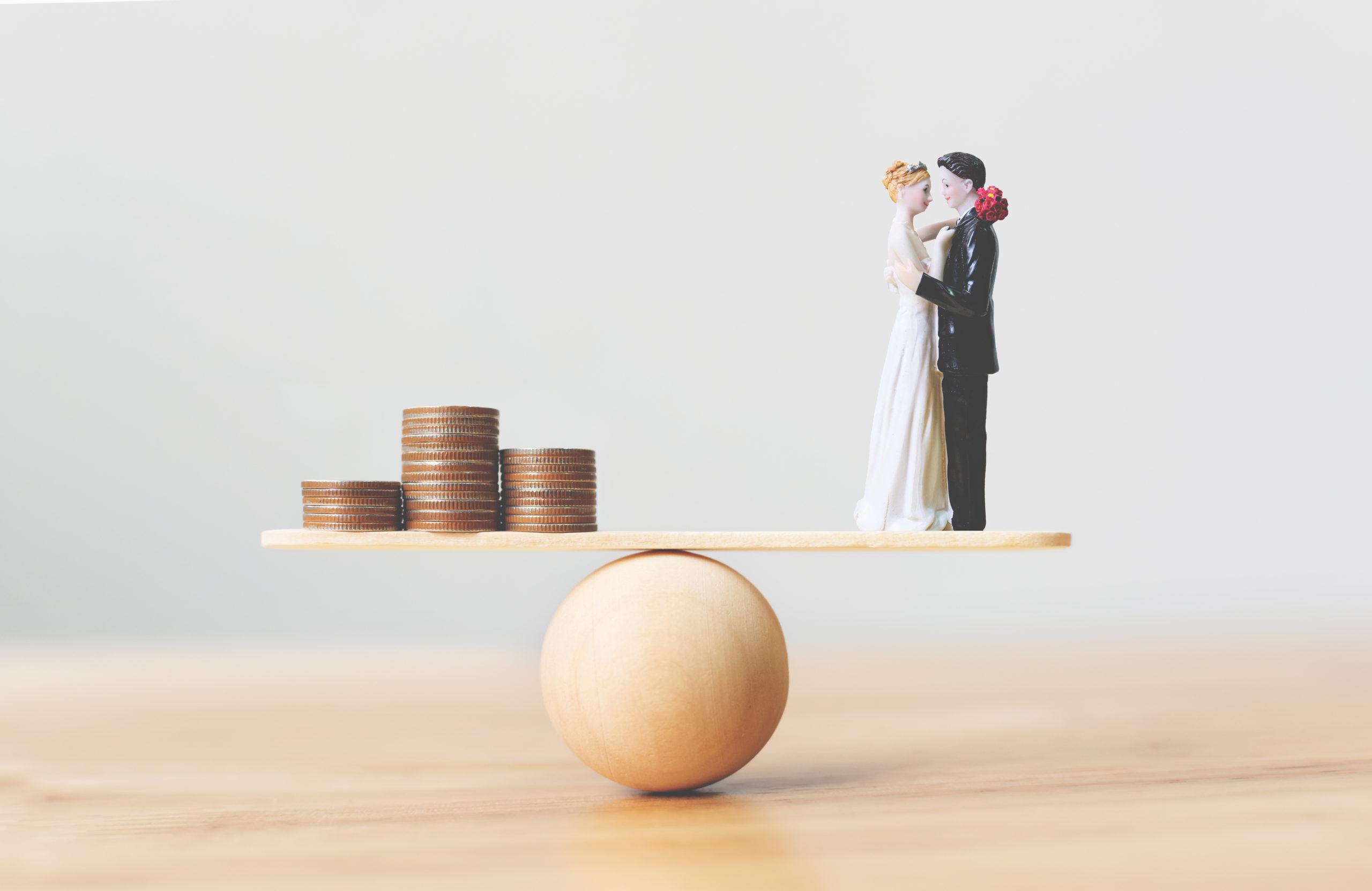 financial-save-money-wedding-prepare-marriage-1458854444
