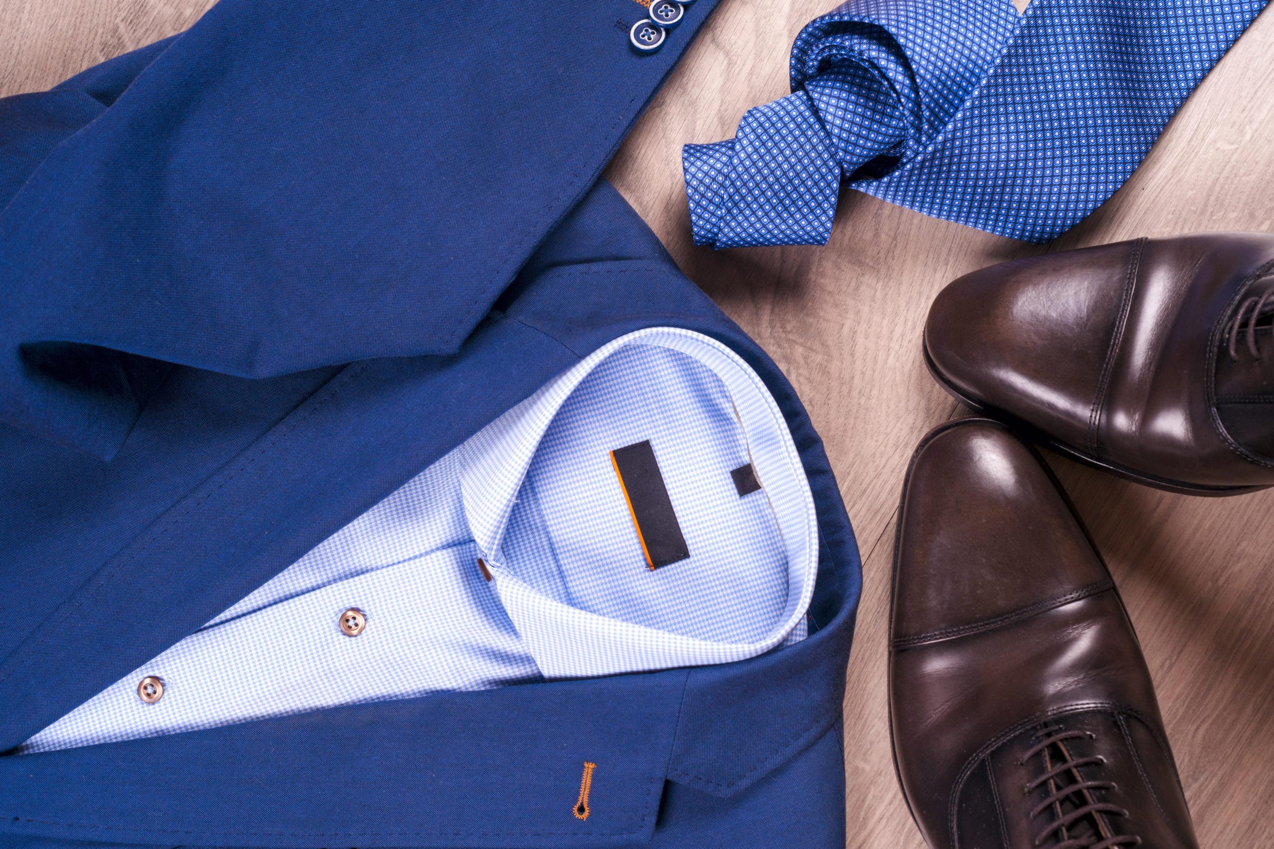 Set,Of,Classic,Mens,Clothes,-,Blue,Suit,,Shirts,,Brown